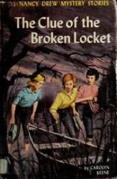 Bess, Kitty och George försöker lösa mysteriet på ett av de amerikanska bokomslagen.